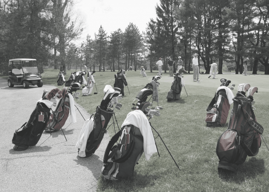 Golf Bags with Golf Towels