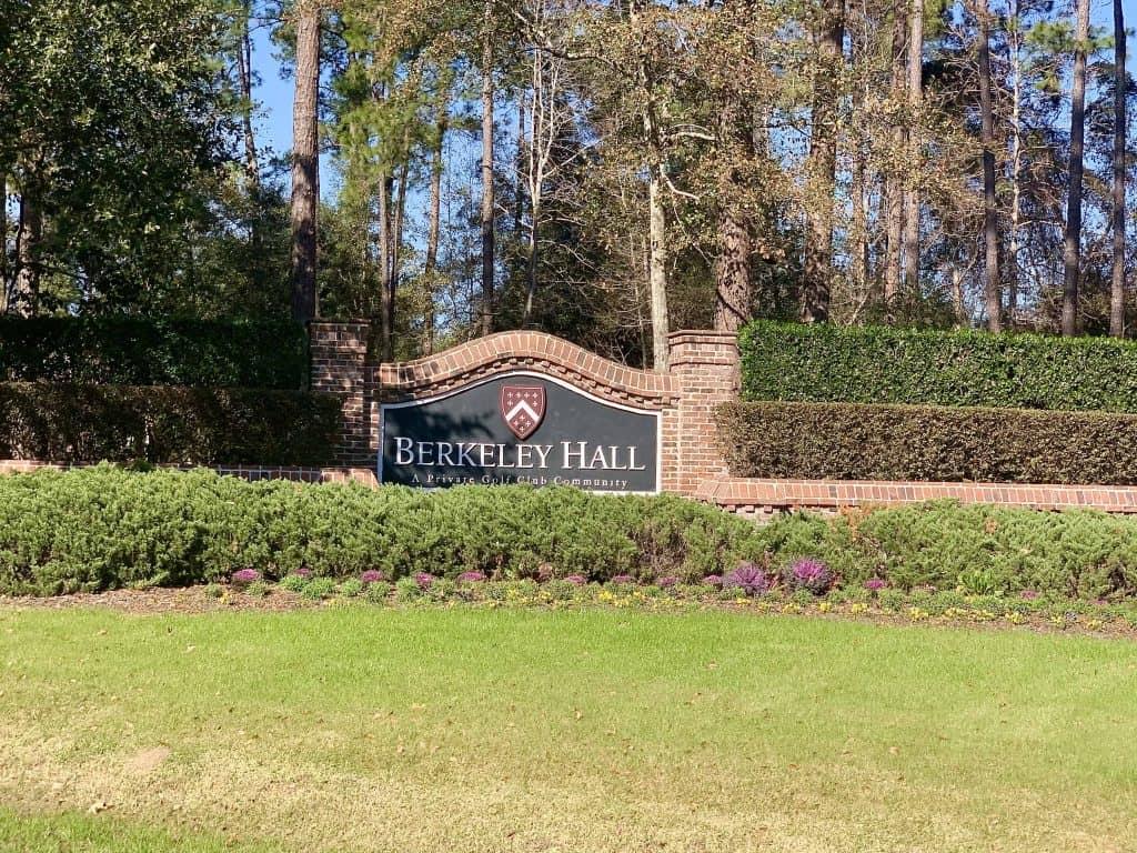 Berkeley Hall Golf Community Sign
